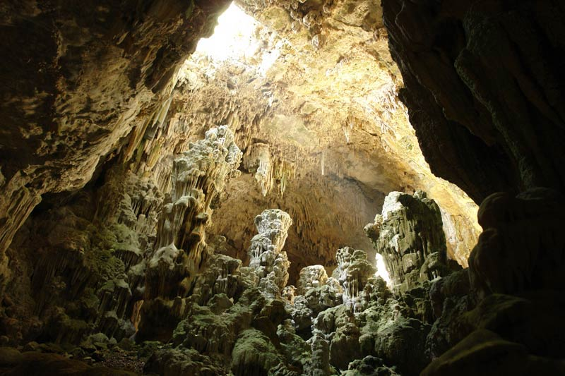 Image result for La Cueva del Agua en Verde Valle