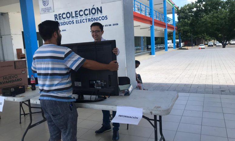 Reconocen Gobierno de SJR; habrá nueva campaña de reciclaje electrónico