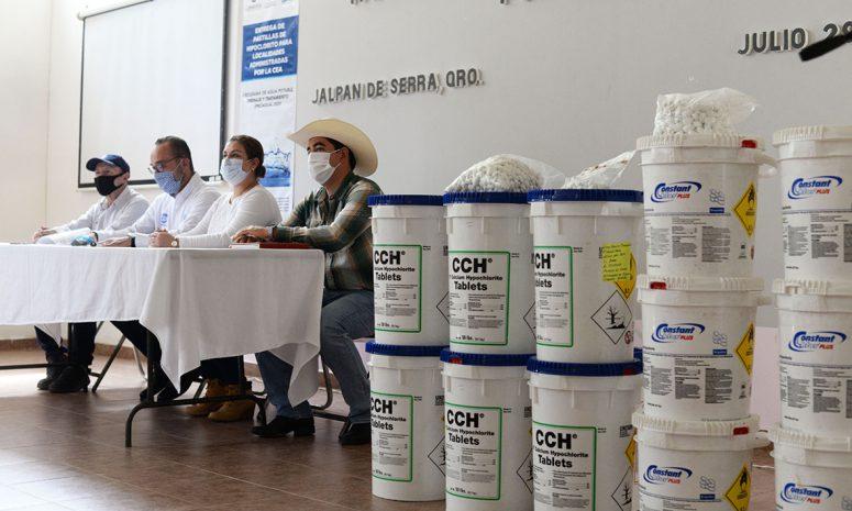 CEA entrega más de 5 toneladas de pastillas de cloro para desinfección de agua